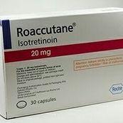 آیا وقتی در دوره درمان ایزوترتینویین خوراکی هستیم می توانیم از درمان های زیبایی لیزر، موم یا روش های دیگر استفاده کنیم؟