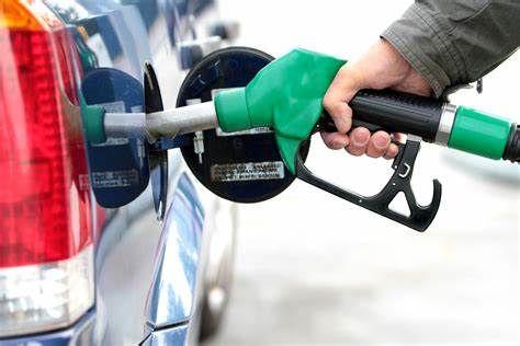 خبر شوکه کننده و تاسف بار درباره قیمت بنزین + جزئیات