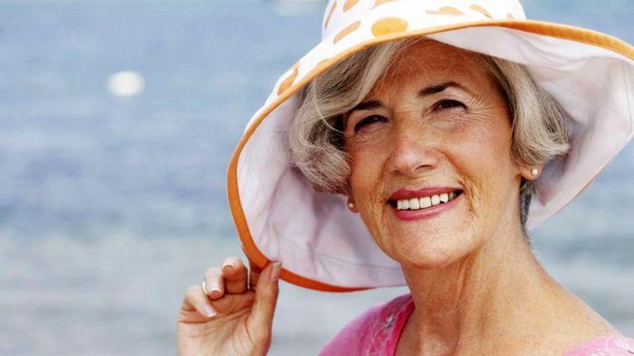 آیا نور خورشید در برخی بیماری ها باعثبدتر شدن بیماری می شود؟
