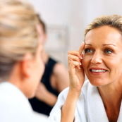 صاف کردن پوست با لیزر را حتما در کلینیک های معتبر زیبایی انجام دهید!