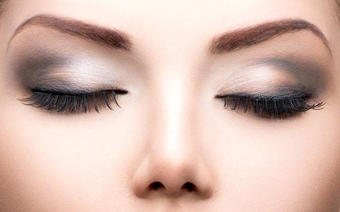 پنج اشتباه رایج در کشیدن خط چشم