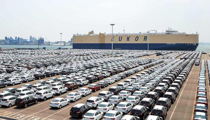 آینده قیمت خودرو در دولت رئیسی / منتظر ریزش اساسی قیمتها باشیم؟