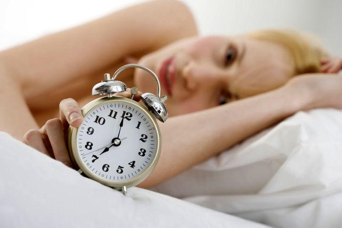 آیا کمبود خواب سبب ایجاد آکنه می شود؟