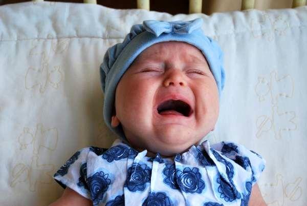 تب دندان نوزاد با این علائم خاص نگران  کنندست