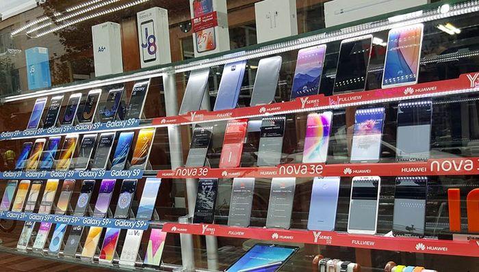 قیمت گوشی موبایل / قیمت آیفون 13 چقدر است؟