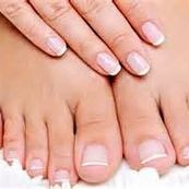 پوست دست و پای خود را زیبا و باطراوت نمایید