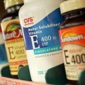 ویتامین E معجزه جوانی و ضد پیری پوست