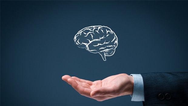 ذهن انسان به چند بخش تقسیم میشود؟
