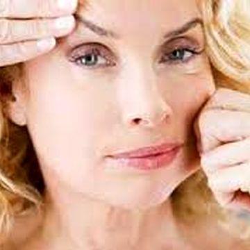 شل شدگی پوست از عوارض رژیم های اشتباه است