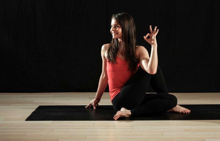 آموزش چند تمرین مناسب در یوگا