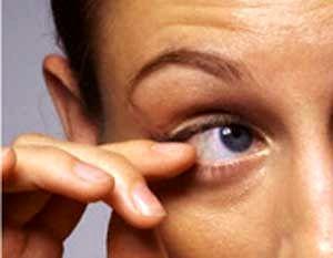 ورم عنبیه چشم چیست و چگونه بوجود می آید؟