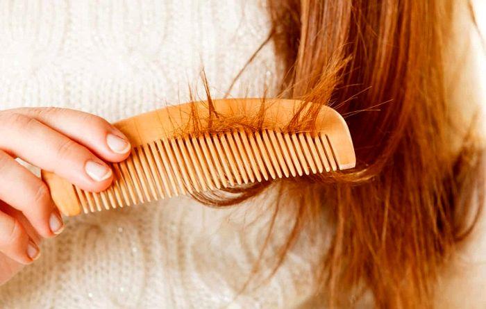 بیماری عجیب موهای شانه نشونده
