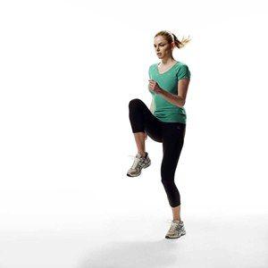 ۴ حرکت برای گرم کردن بدن پیش از دویدن