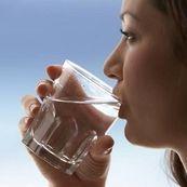 رابطه آب درمانی و کم کردن وزن
