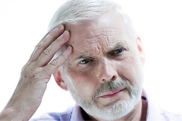 چرا دچار اضطراب سلامتی می شویم؟