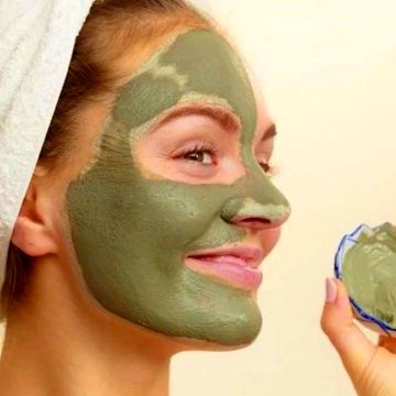 ساختن فوق العاده عالی پوست صورت با استفاده از خاک رس + روش