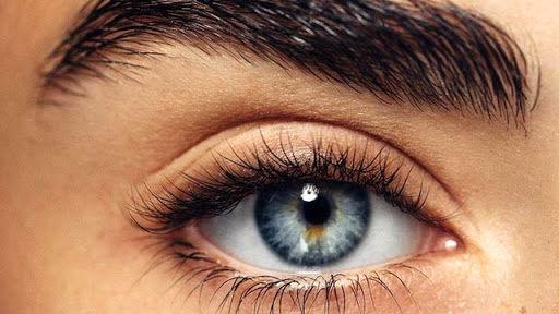 دلایل تغییر رنگ چشم!!