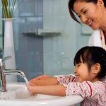 چرا شستن دست ها پس از استفاده از دستشویی کاملا ضروری است؟