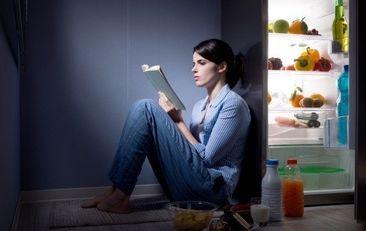 چرا اصلا نباید دیر وقت غذا بخوریم؟