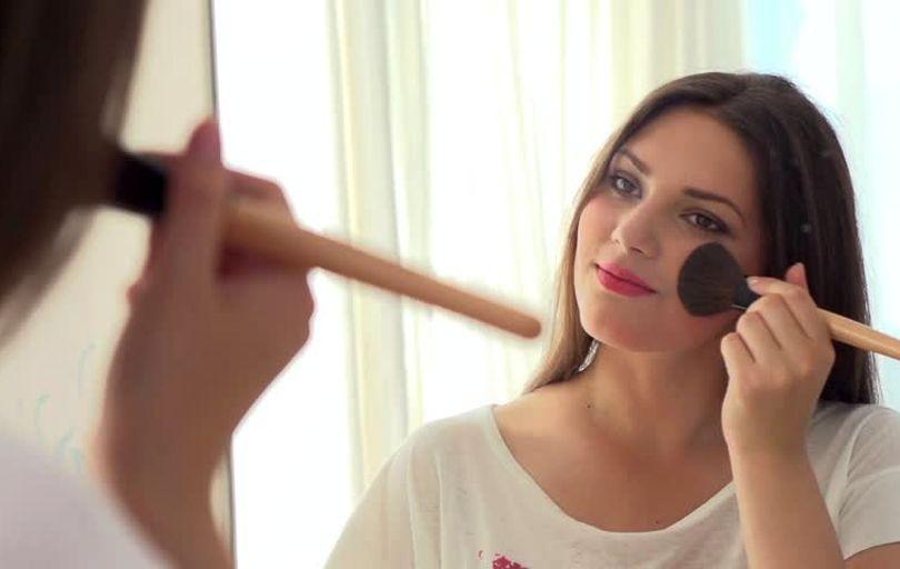 ده راز برای آنکه آرایش زیبا و خیره کننده داشته باشید